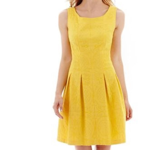 R K Yellow Jacquard Pleated Sleeveless Midi Dress d0e56d4fa